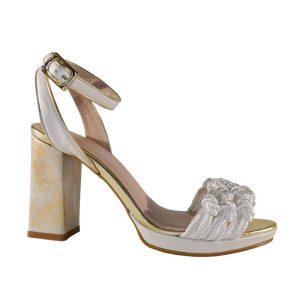 sandalia blanca de novia