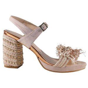 sandalia para novia maquillaje