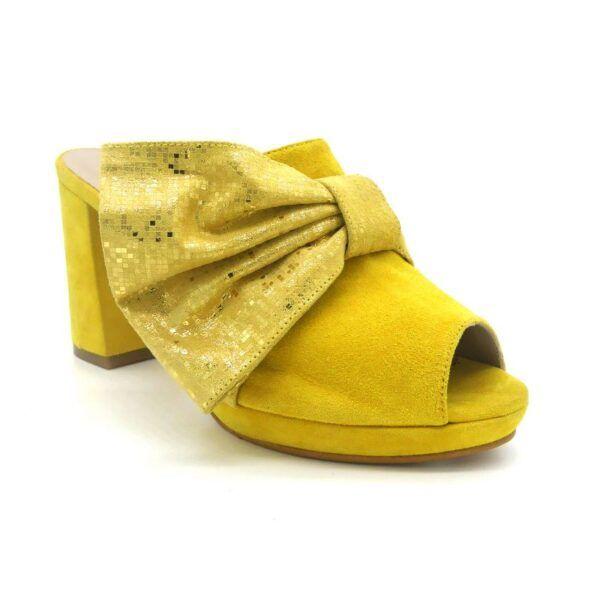 mule amarilla