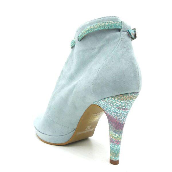 sandalias abotinadas azules